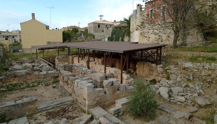 Живописная деревня Арханес в районе Ираклион.