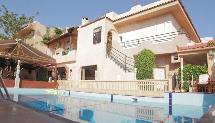 Erato Hotel в поселке Трапсано на Крите