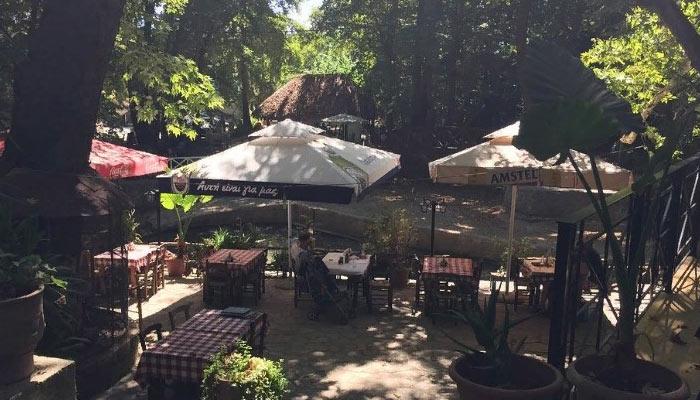 Ресторан в деревне Врисес на Крите