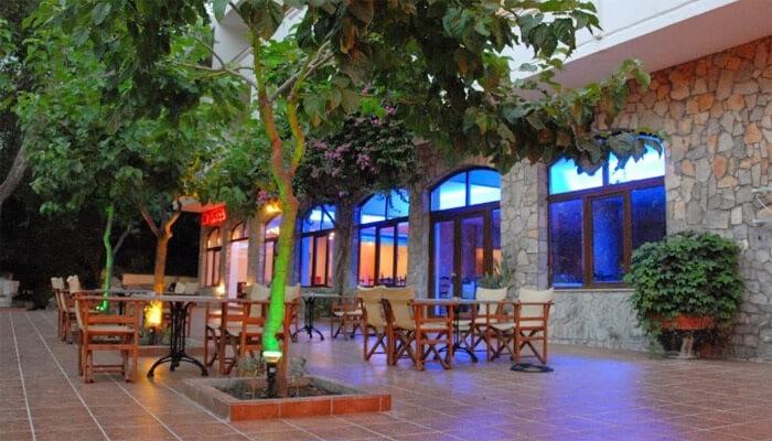 Гостиница IDI Hotel поблизости от деревни Зарос на Крите