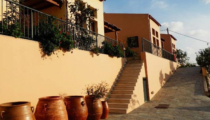 Отель Nana Apartments вблизи Зароса на Крите