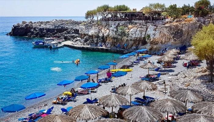 Пляж Мармара недалеко от поселка Лутра на Крите