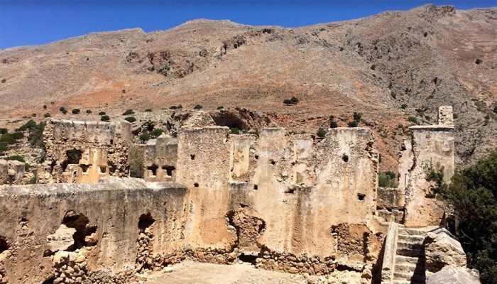 Турецкая крепость в деревне Лутро на Крите