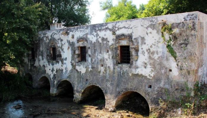 Водяная мельница в Каливесе на Крите
