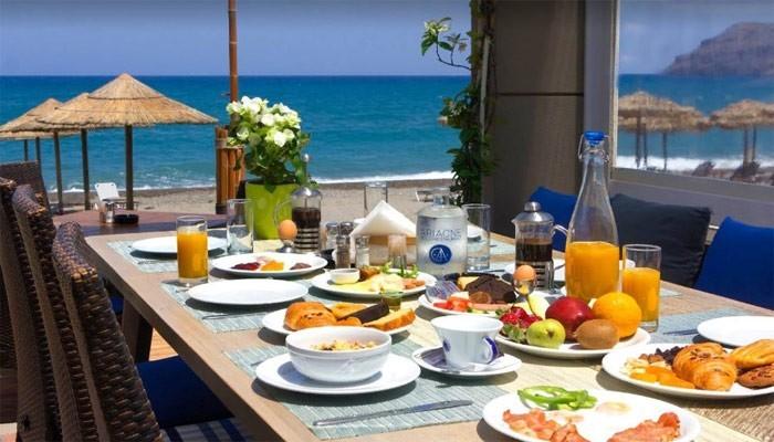 Ресторан Ariadne Beach в Платаниасе на острове Крит