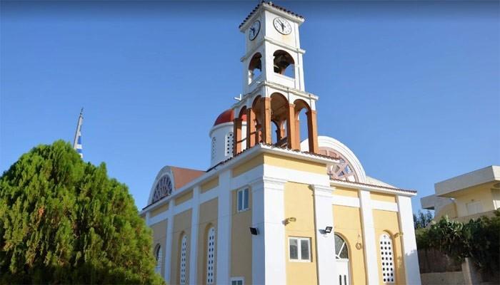 Греческая православная церковь Ekklisia Agios Spiridon Платаньяса на Крите