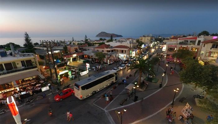 Фото городка Платаньяс на острове Крит