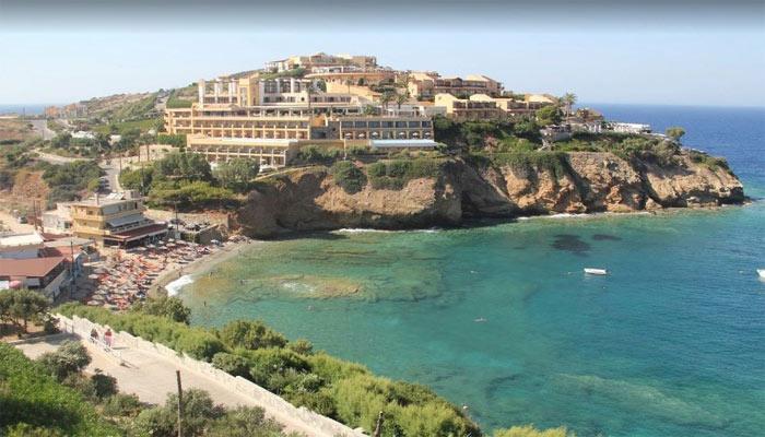 Вид сверху на пляж Мононафтис на Крите