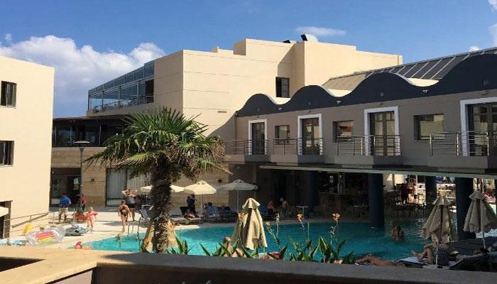 Отель Porto Platanias Beach Resort & Spa в городе Платаньяс на Крите