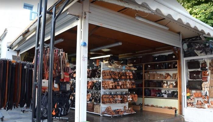 Магазин TSIFTSOGLOU LEATHER в Платаниасе на Крите