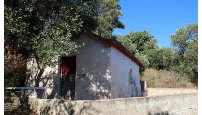 Церковьнепобедимого Святого Фотия на Крите