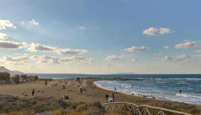 Пляж Флорида в поселке Картерос на острове Крит