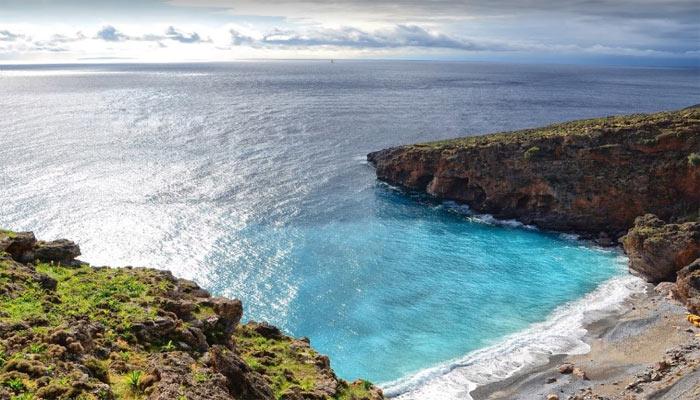 Илингас: очарование и уют дикого пляжа.