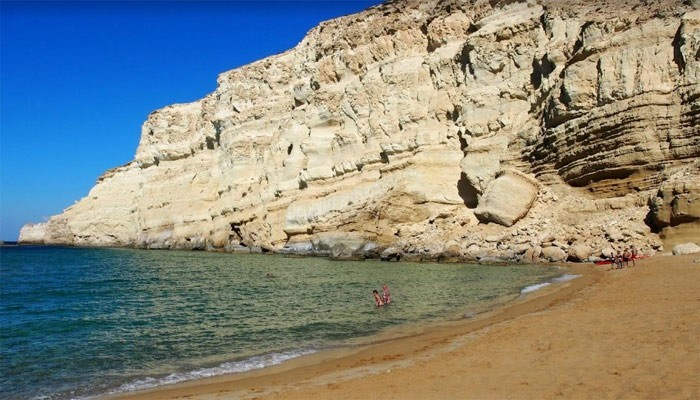Нудистский пляж Red beach на Крите