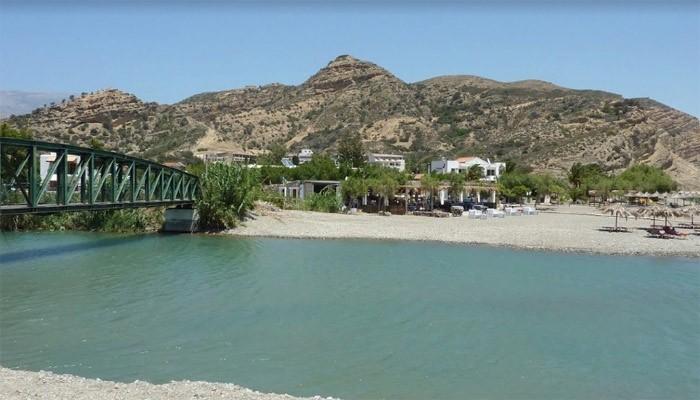 Фото моста через речку Платис в Агия Галини на Крите