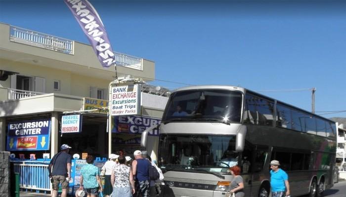Фото туристического автобуса на Крите
