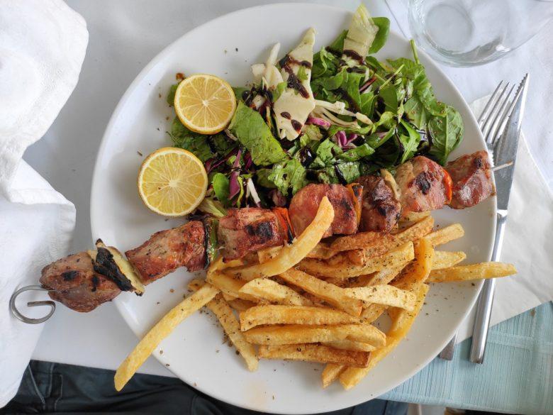 Сувлаки на Кипре