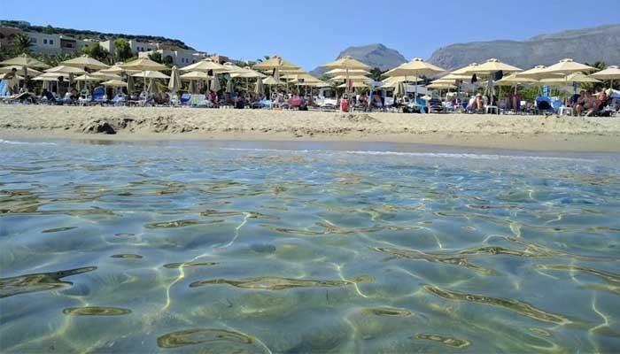 Фото песчаного пляжа Дамнони на острове Крит