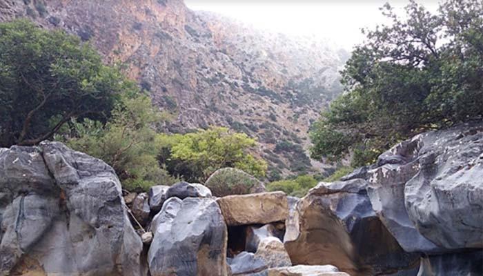 Вид на каньон Aposelemis