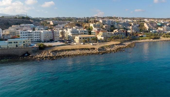 Вид на город Ретимно с моря