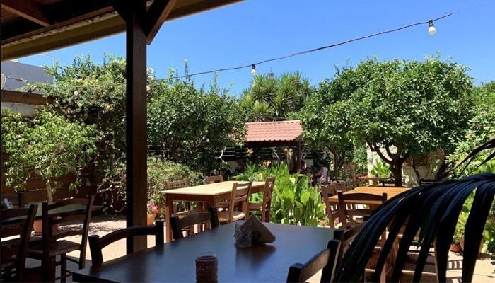 Коккини Хани: постоялый двор фермера, превратившийся в райский уголок для туристов.