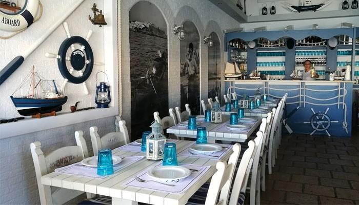 Ресторан морской кухни Zefyros интерьер