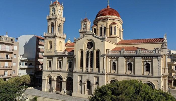 соборы Святого Мины и Святого Тита