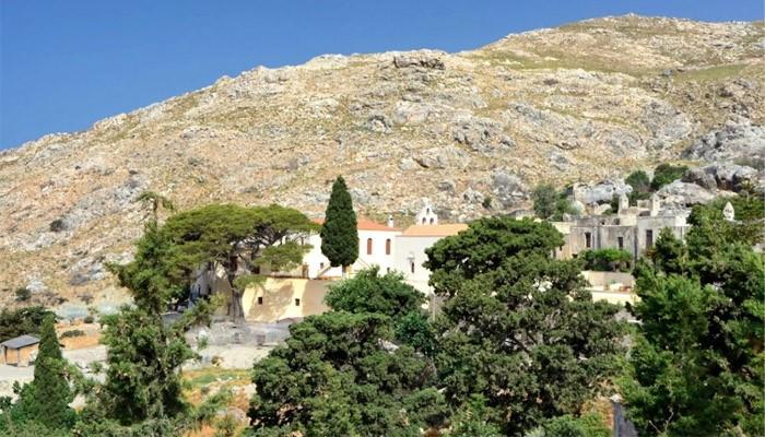 монастырь Превели в Курталиотское ущелье под горой Курупа на Крите