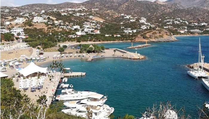 Фото «принца» Агиос-Николаоса на острове Крит
