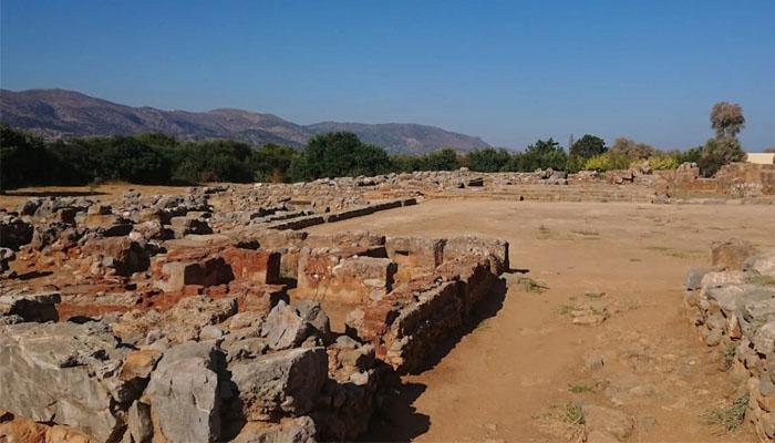 Руины дворца Малия в нома Лассити на Крите