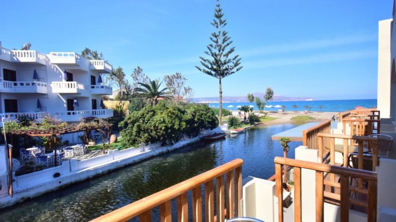 Семейный отель Kalyves Beach Hotel